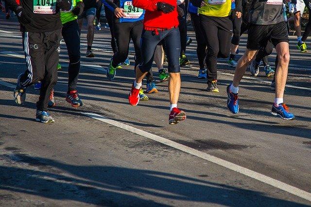 Sportifs course à pieds