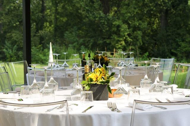 Table garden party
